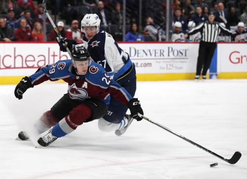 Avalanche center Nathan MacKinnon named a Hart Trophy finalist