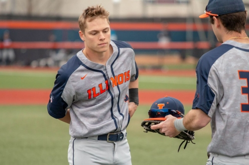 Illinois rallies in the ninth, but No. 15 Indiana walk-off to take Game Two, 2-1