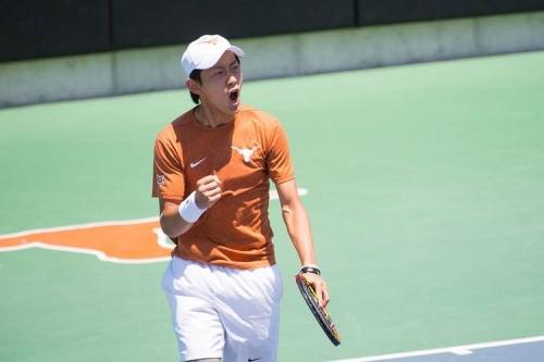 Texas men's tennis sweeps OU for Big 12 title shot