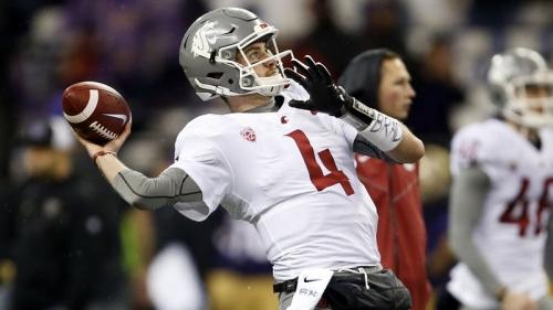 Titans' Luke Falk Idolizes Tom Brady, Shares Similarities With Patriots QB