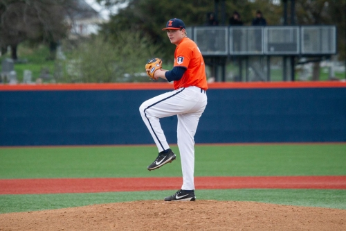 Illinois loses rubber match in series at No. 15 Indiana