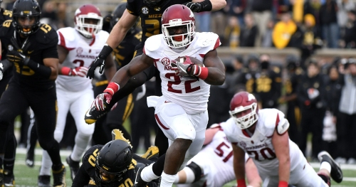 Report: Former Arkansas RB Rawleigh Williams III suing insurance company for large amount of money