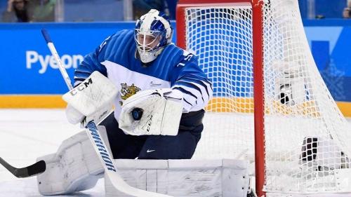 Oilers sign goalie Mikko Koskinen to one-year deal