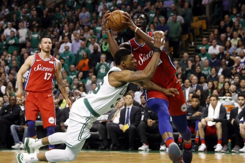 Numbers game: Larkin's impact, limiting Ilyasova and Belinelli, and Ojeleye muscling Simmons