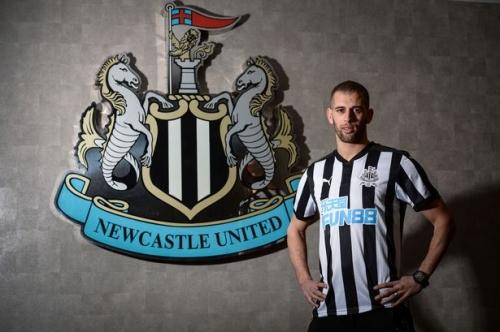 This is Newcastle United's Islam Slimani's ban for kicking Craig Dawson