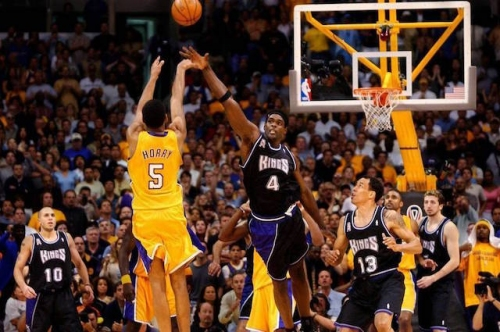 Kings Use Marvel's 'Avengers: Infinity War' Reference For Lakers' Robert Horry 2002 Western Conference Finals Buzzer-Beater