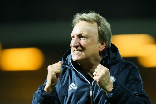 Neil Warnock's rallying cry to 'nervous' Cardiff City fans ahead of huge promotion showdown with Reading