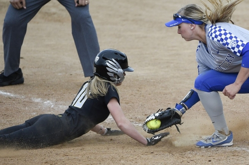 Scouting Softball: Ducks Second in the Polls, But First Where It Matters