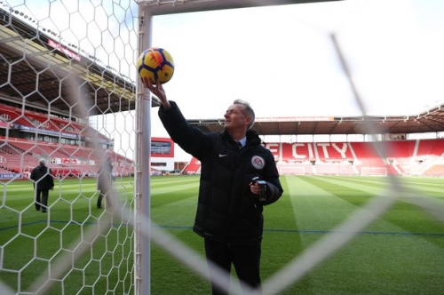 Is Stoke City vs Crystal Palace on TV? Channel details, kick-off time, team news and match odds