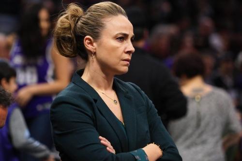 Becky Hammon to Interview for Bucks' Coaching Vacancy