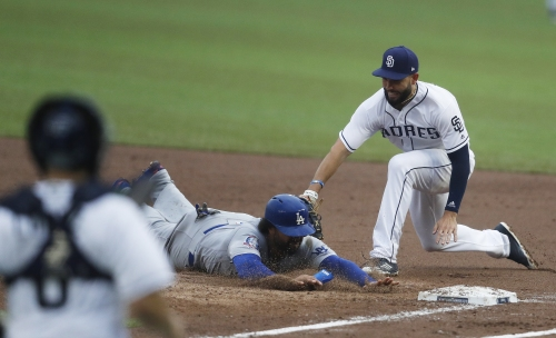 Dodgers' bullpen problems surface again in loss to the Padres