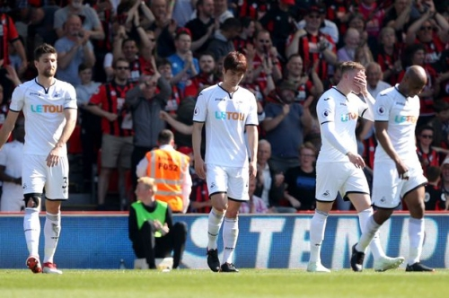 Match of the Day pundits slam 'desperate' Swansea City as Southampton tipped to beat them