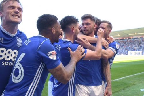 Cotterill's return, pitch invasions & other moments you missed as Birmingham City beat Fulham