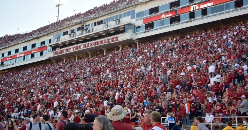 Hey, Arkansas football fans: You deserve credit for keeping it real