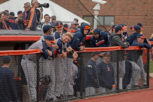 Illinois drops series finale against Ohio State, 10-5
