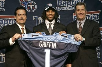 Michael Griffin signs 1-day contract, retires with Titans