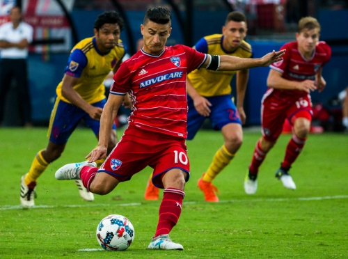 Why FC Dallas' Mauro Diaz isn't hanging his head about losing his sure-fire starting role