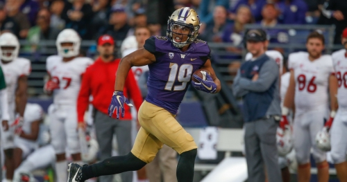 Pro Football Focus highlights Hunter Bryant as among nation's top tight ends