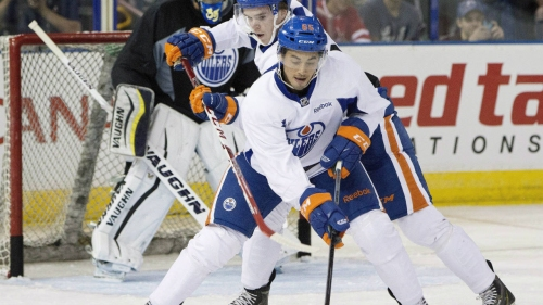 Oilers sign Tyler Vesel to 1-year contract