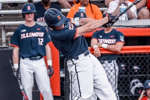 Illinois Baseball looking to get back on track against Michigan