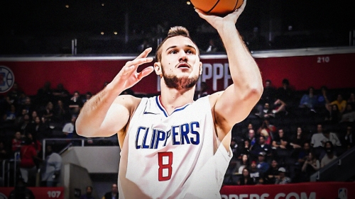 Clippers' Danilo Gallinari says hand fracture has yet to heal, rules out surgery