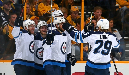 Stastny scores twice as Jets soar into Western Conference final