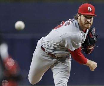 Mikolas improves to 5-0, Pham homers as Cards top Padres 2-1