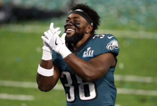 Former Oregon RB Kenjon Barner signs with Carolina Panthers