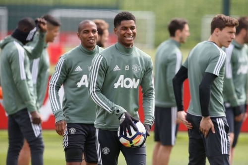 Manchester United squad train ahead of Watford clash without two players