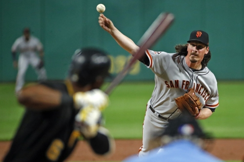 Giants skid hits six games after Pirates score game-winner on hit by pitch