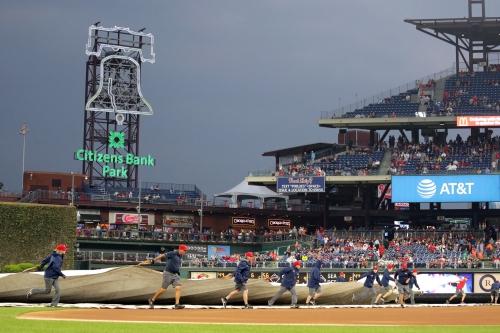 Mets-Phillies postponed
