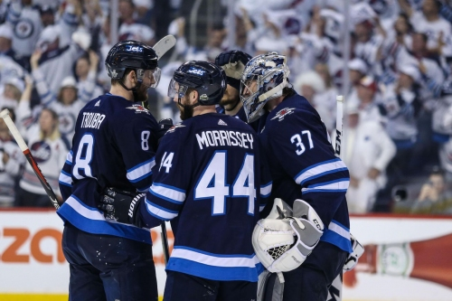 MBS: Jets start fast, beat Golden Knights in Game 1