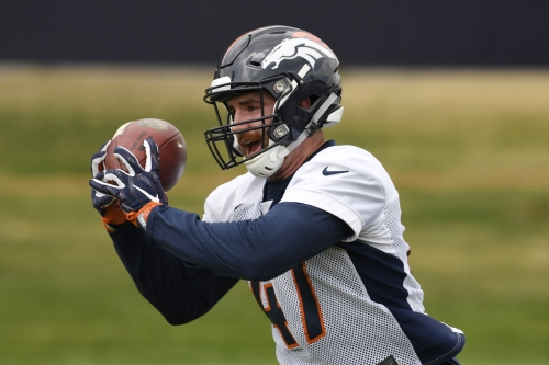 Broncos linebacker Josey Jewell raised on tending to 130 cattle, 18,000 turkey and a lot of corn
