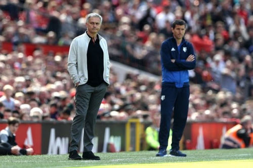 Manchester United fans angry with Jose Mourinho over Watford selection