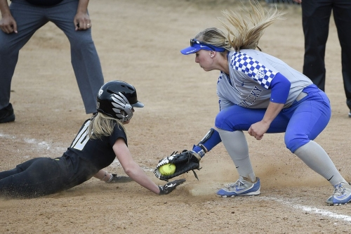 Duck Softball Earns Top Seed in NCAA Softball Tournament