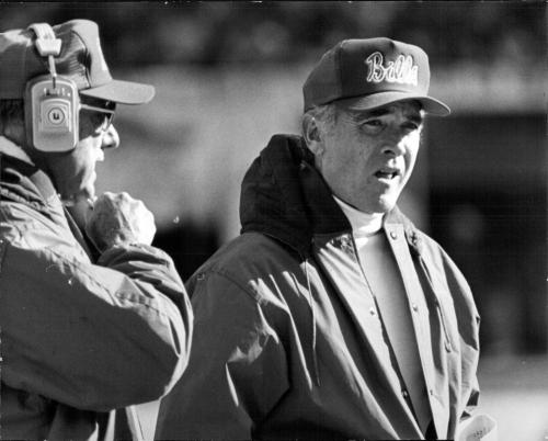 Chuck Knox, former Rams, Seahawks, Bills coach, dies at 86