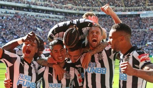 Jamie Redknapp tears Chelsea midfielder Tiemoue Bakayoko to shreds after Newcastle United thrashing