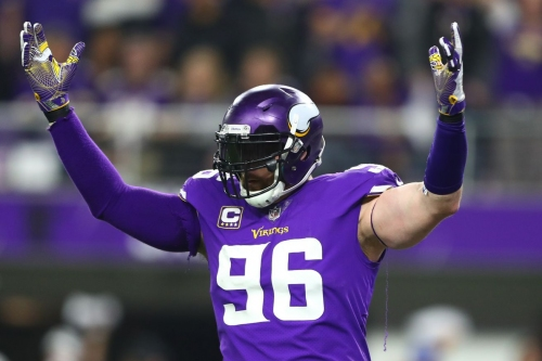 Brian Robison announces that he's returning for 2018