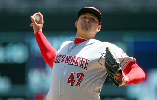 Bad night for Romano puts end to Cincinnati Reds win streak; Votto leaves game with back tightness