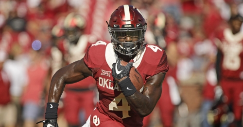 WATCH: Oklahoma RB Trey Sermon shows off impressive footwork after spring game scare