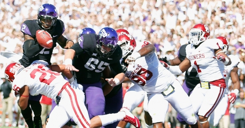 TCU football letting fans vote on stadium color-scheme for Oklahoma game