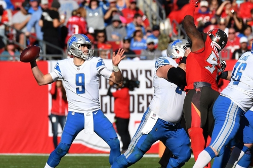 Lions notes: Watch Matthew Stafford clown a Bucs safety with a subtle fake