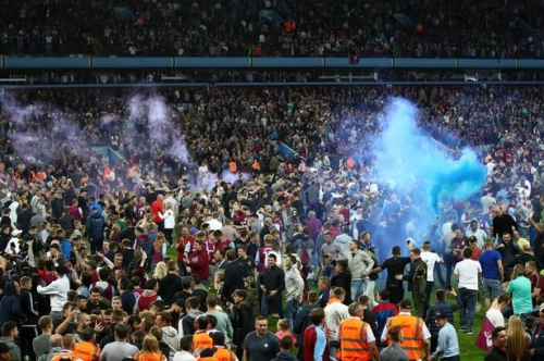 Fighting over Hutton & Pulis' anger - moments you missed as Aston Villa reached Wembley