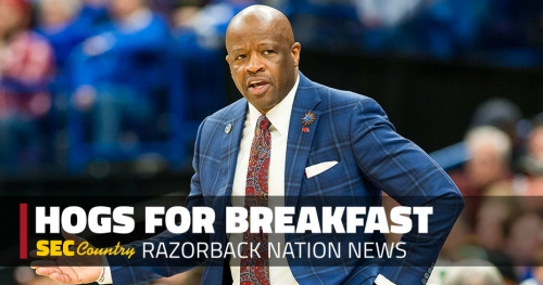 Nothing happened Tuesday, so some 'fans' hated on Arkansas' Mike Anderson