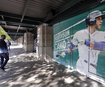 Robinson Cano suspension leaves Seattle with questions, possibilities