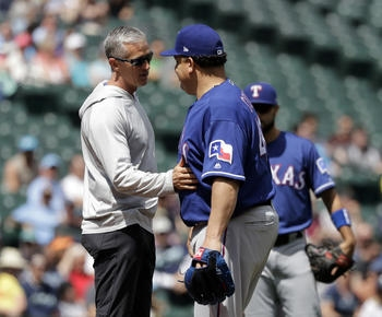 MLB roundup: Bartolo Colon shakes off liner to stomach, Rangers beat Mariners 5-1