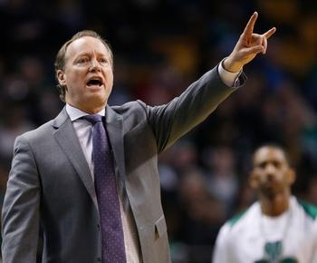 AP Source: Bucks agree to hire Mike Budenholzer as coach