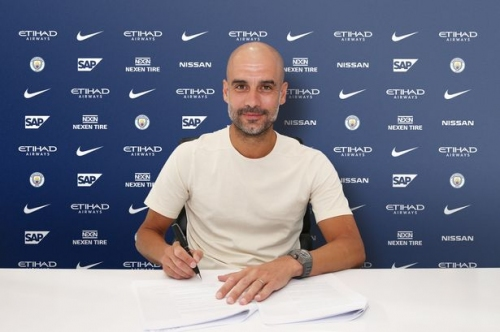 Pep Guardiola sets out Man City aim after signing new contract