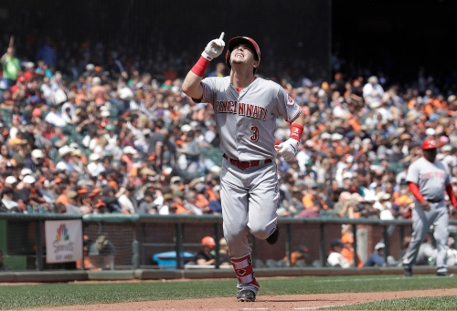 Scooter Gennett follows remarkable catch with home run in San Francisco