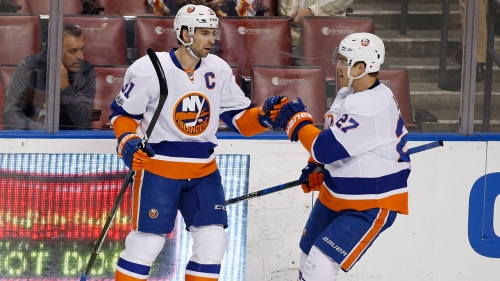 Islanders teammates anxiously awaiting Tavares' free agency decision